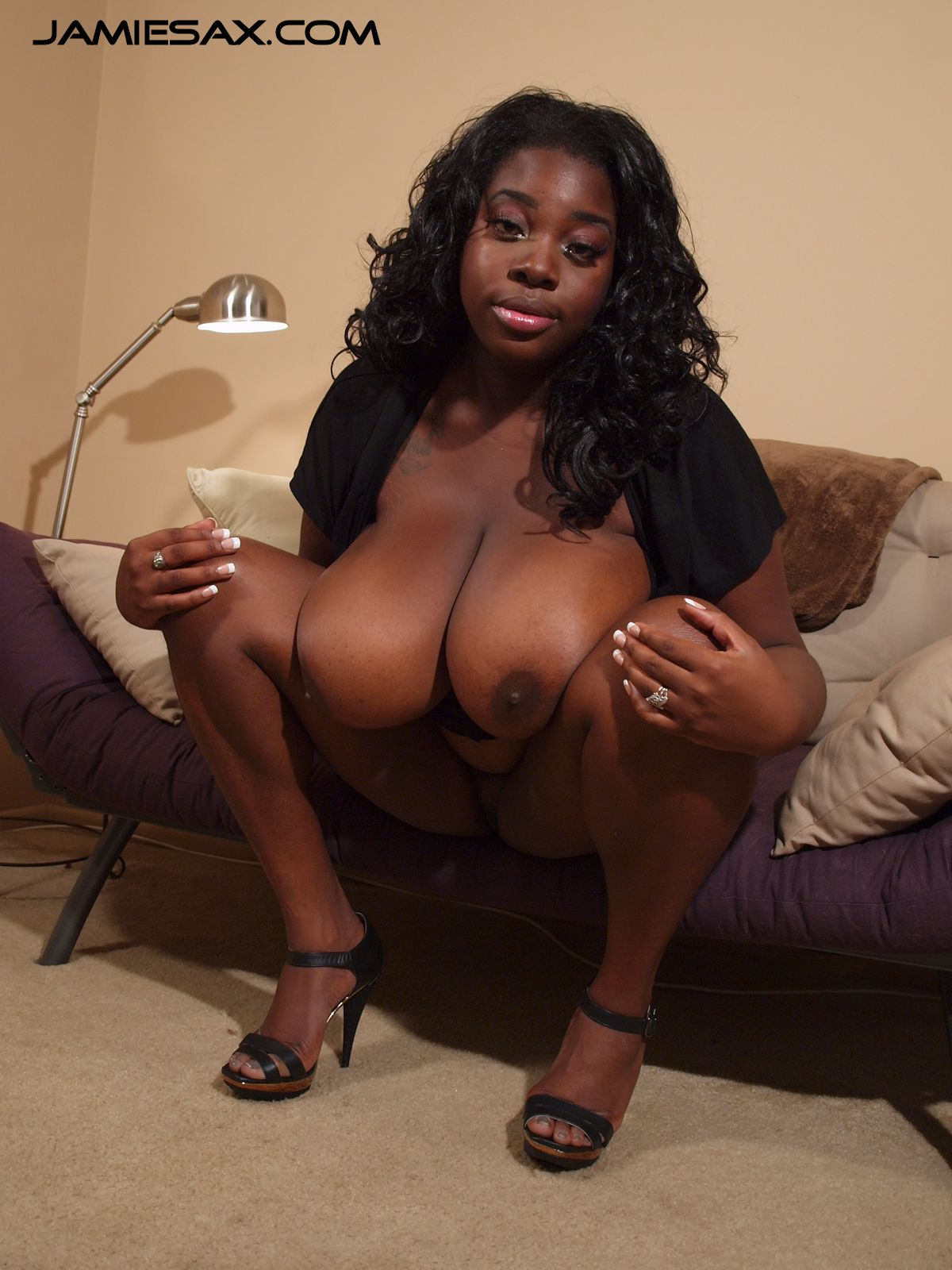Black girls with big natural tits